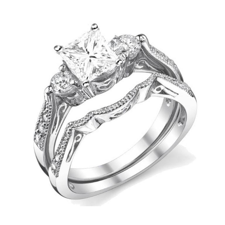 antique-wedding-ring-set 35 Dazzling & Catchy Bridal Wedding Ring Sets