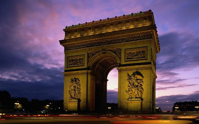 arc-de-triomphe-at-dusk-paris-france_1680x1050_74032 Top 10 Most Powerful Countries in the World