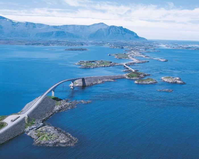 atlanterhavsveien_136a0_8864611 55 Most Fascinating & Weird Roads Like These Before?