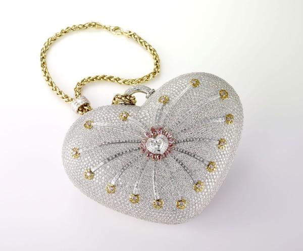 bbce4033b0dde064e3b6523984b1558e 69 Most Expensive Diamond Purses in The World