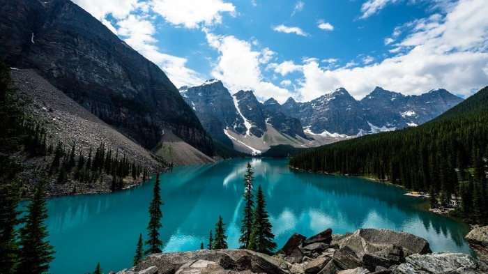 canada-moraine-lake-fresh-new-hd-wallpaper1 Top 25 Most Democratic Countries in the World