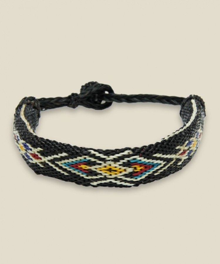 chamula_004 45 Elegant & Breathtaking Horse Hair Bracelets