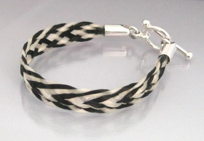 chevron-5mm-toggle 45 Elegant & Breathtaking Horse Hair Bracelets