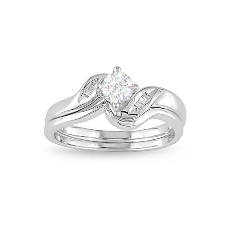 diamond-wedding-ring-set. 35 Dazzling & Catchy Bridal Wedding Ring Sets