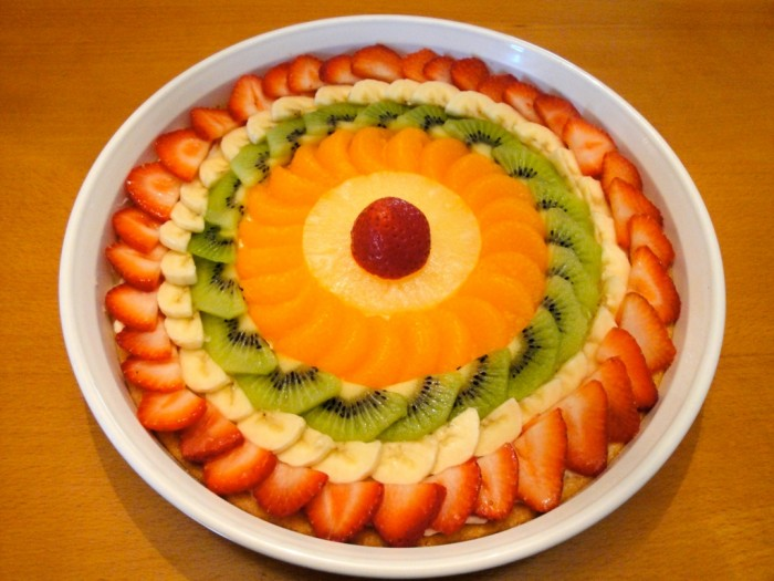 dsc00734 Do You Like Fruit Pizza? Learn How to Make It on Your Own