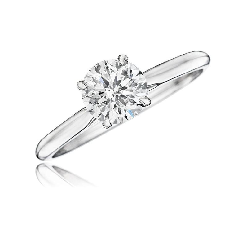 e.19374982 35 Fascinating & Stunning Round Solitaire Engagement Rings