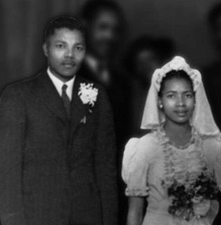"""first-wife The Anti-apartheid Icon """" Nelson Mandela """" Who Restored His People's Pride"""