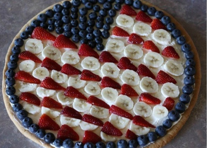 flagfruitpizza Do You Like Fruit Pizza? Learn How to Make It on Your Own