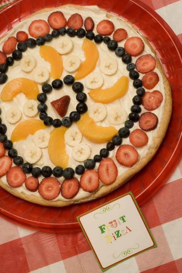fruit-pizza Do You Like Fruit Pizza? Learn How to Make It on Your Own
