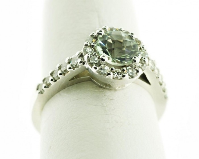 green-amethyst-diamond-ring2-1024x819 30 Fascinating & Dazzling Green diamond rings