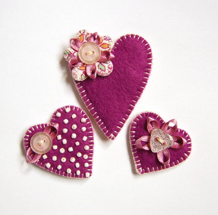 handmade_felt_brooches_main 45 Handmade Brooches to Start Making Yours on Your Own