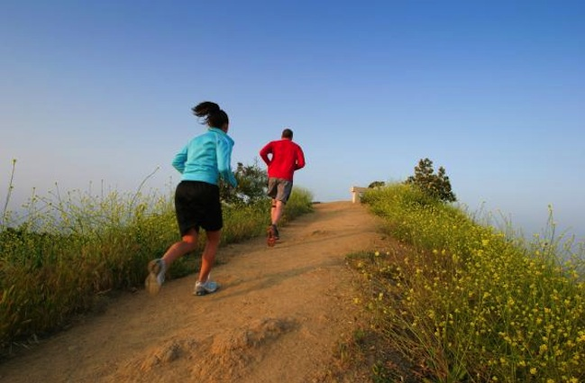 hill-run 12 Reasons and Benefits Which Will Make You Start Running From Now On