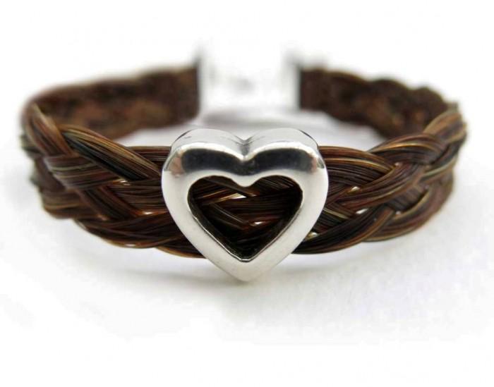 horse-hair-bracelet-heart-slider2 45 Elegant & Breathtaking Horse Hair Bracelets