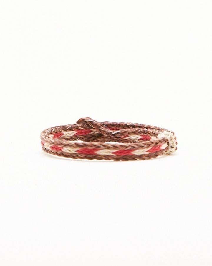 horsehairbraidedbracelet_05 45 Elegant & Breathtaking Horse Hair Bracelets