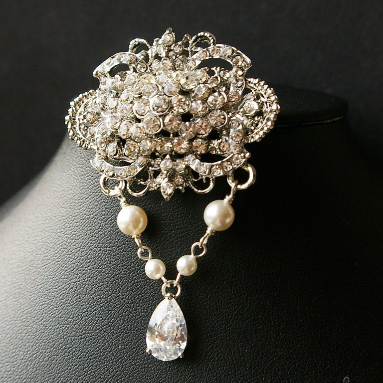 il_fullxfull.269079971 50 Wonderful & Fascinating Pearl Brooches