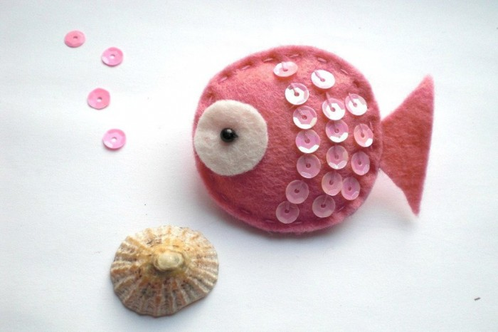 il_fullxfull.303681758 45 Handmade Brooches to Start Making Yours on Your Own
