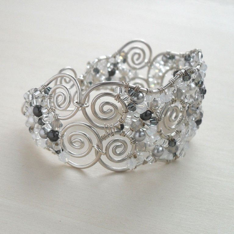 il_fullxfull.378295567_a1k7 65 Fabulous & Stunning Handmade Beaded Gemstone Jewelries