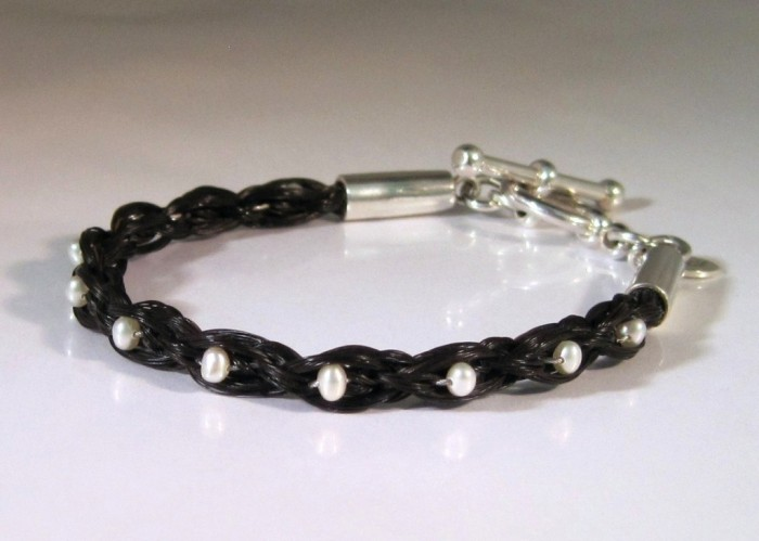 item_13__37413.1351280533.1280.1280 45 Elegant & Breathtaking Horse Hair Bracelets