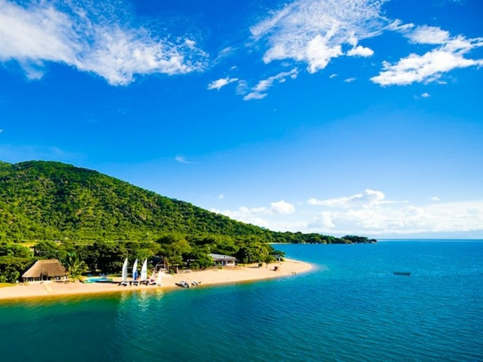 lake-malawi Top 10 Worst Quality of Life Countries