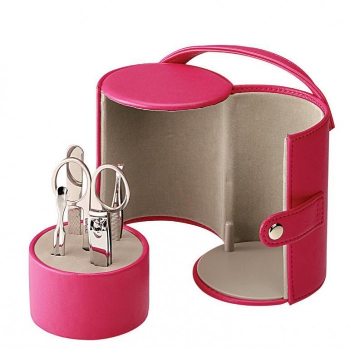 manicure-set-mrmv 35 Best Affordable & Catchy Bachelorette Party Gift Ideas