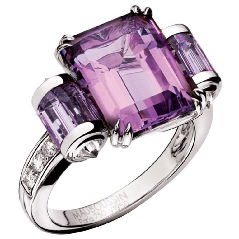 mauboussin-amethyst-ring 60 Magnificent & Breathtaking Colored Stone Engagement Rings