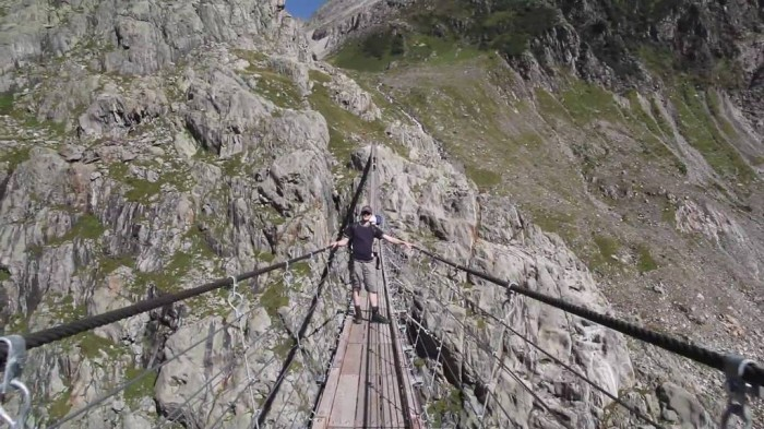 maxresdefault The World's 15 Scariest Bridges that Will Freeze Your Heart