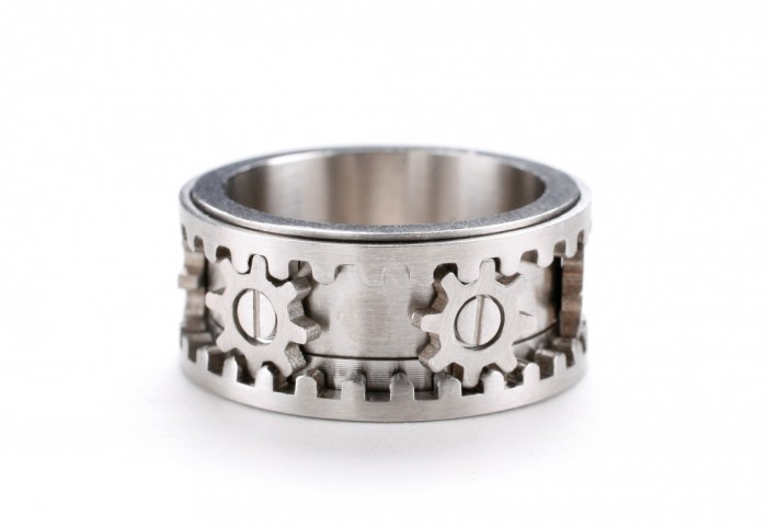 mechanic-ring 40 Unique & Unusual Wedding Rings for Him & Her