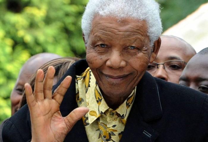 "nelsonmandelacremation The Anti-apartheid Icon "" Nelson Mandela "" Who Restored His People's Pride"
