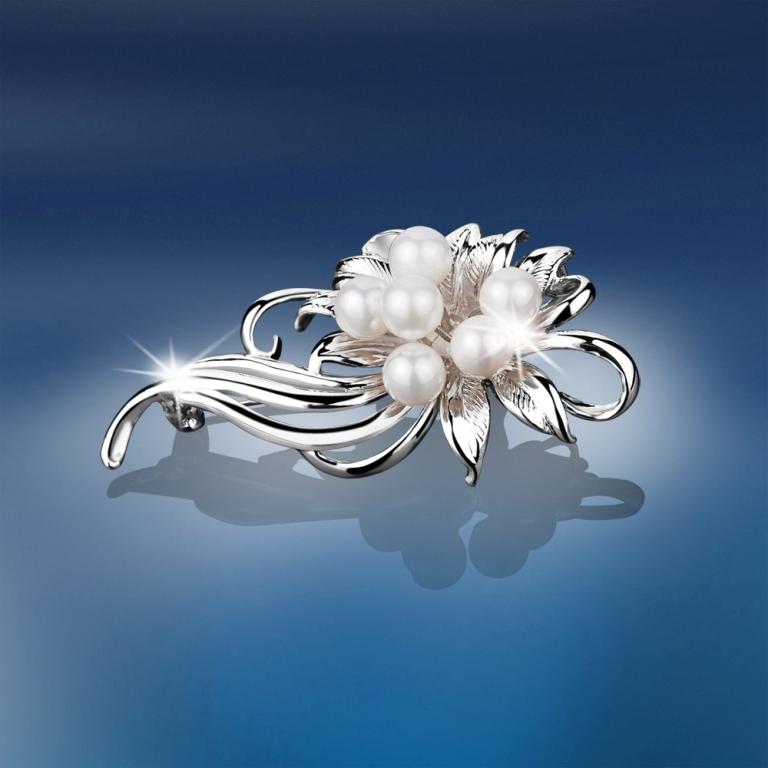 newbridge_vintage_grace_kelly_pearl_brooch_newbridge_vintage_grace_kelly_pearl_brooch 50 Wonderful & Fascinating Pearl Brooches