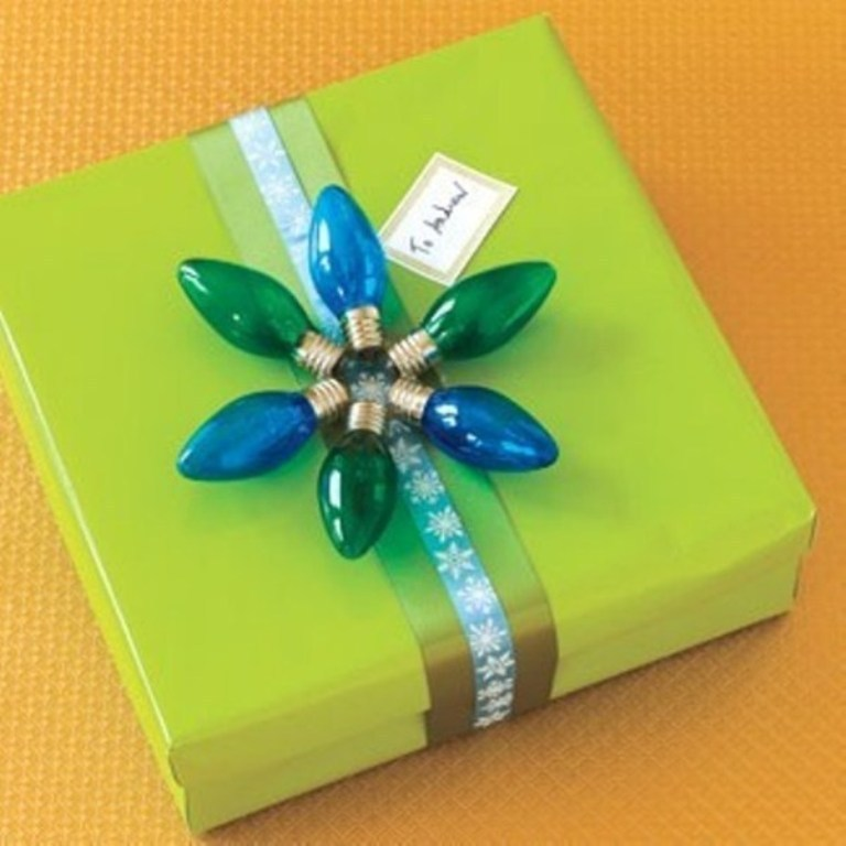 packaging-christmas-gift-12 40 Creative & Unusual Gift Wrapping Ideas