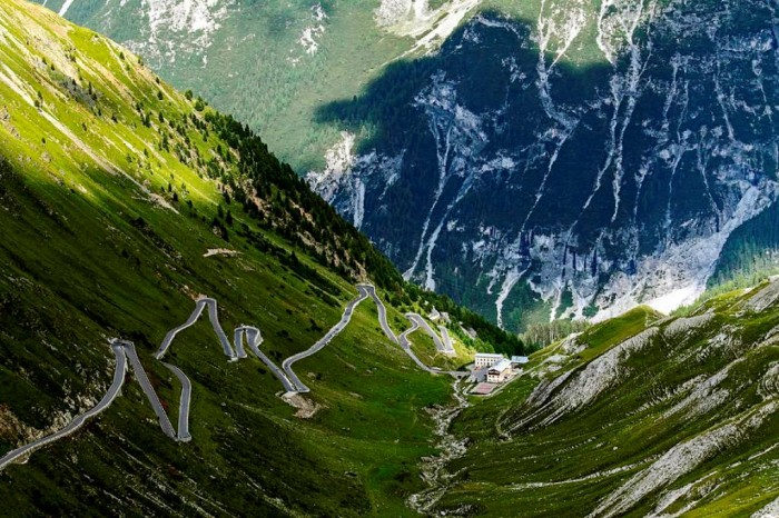 passo-dello-stelvio-cristian-mihaila 55 Most Fascinating & Weird Roads Like These Before?
