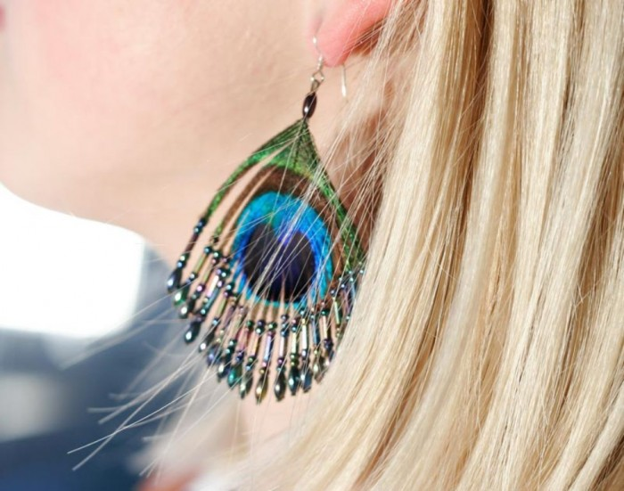 peacock-feather-earrings11 45 Unusual and Non-traditional Earrings