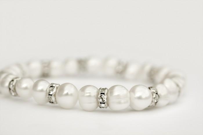 pearl-and-diamond-jewellery 65 Fabulous & Stunning Handmade Beaded Gemstone Jewelries