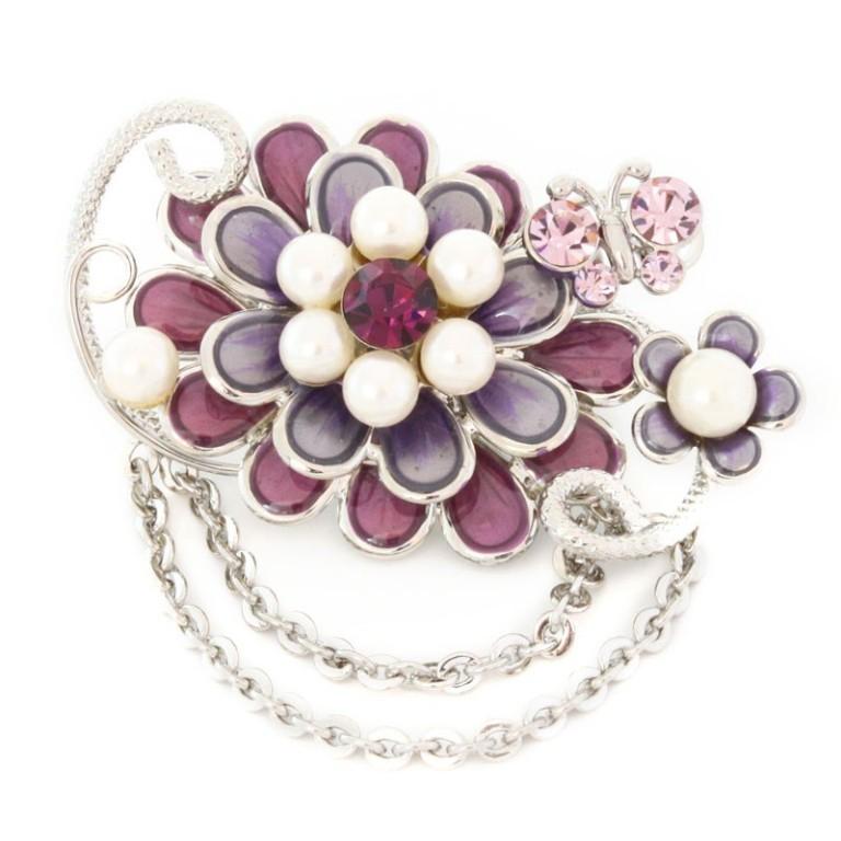 pearl_brooch 50 Wonderful & Fascinating Pearl Brooches