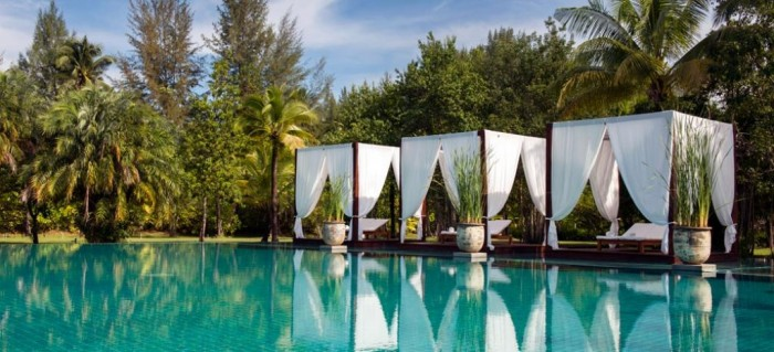 sarojin-boutique-resort-hotel-khao-lak-phuket-thailand-swimming-pool-salas Top 10 Greatest Countries to Retire
