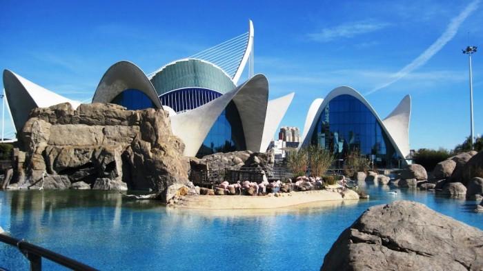 spain-Valencia-Aquarium-Amazing Top 10 Best Countries to Visit in Europe 2020