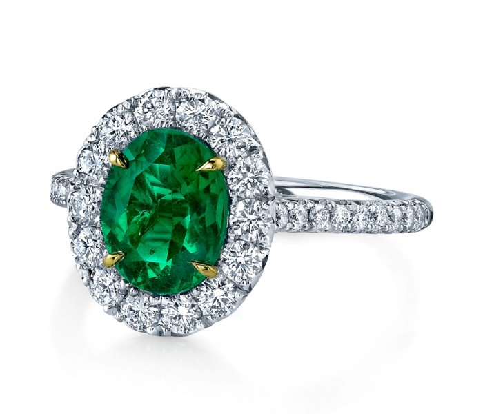 sparkly-engagement-rings-emerald-main 60 Magnificent & Breathtaking Colored Stone Engagement Rings