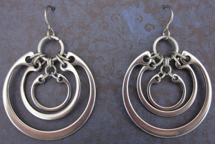 ssampconcentricearrings1 45 Unusual and Non-traditional Earrings