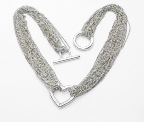 tiffany-silver-heart-necklace-3-14676-p-475x402 How To Choose The Right Necklace For Your Dress?