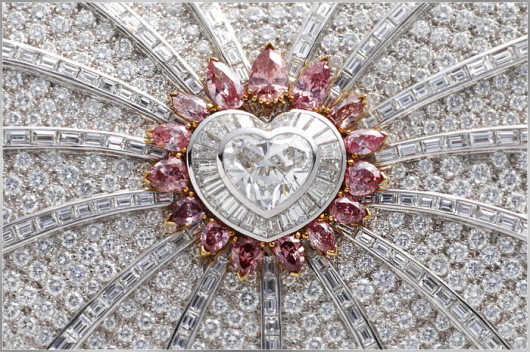 url18 69 Most Expensive Diamond Purses in The World