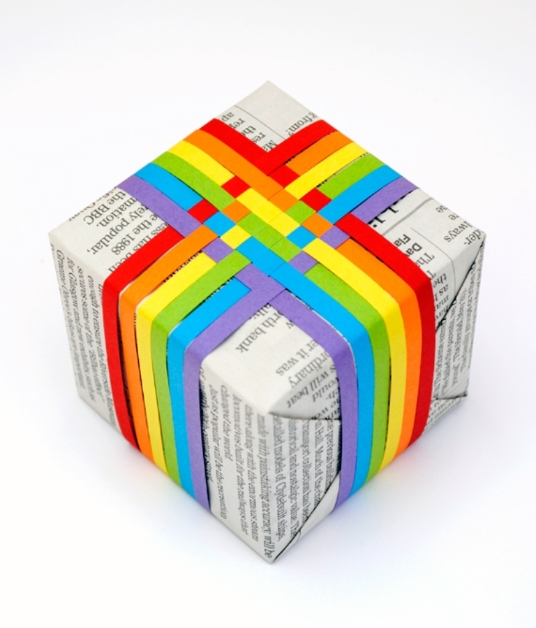 woven-paper-gift-topper2 40 Creative & Unusual Gift Wrapping Ideas