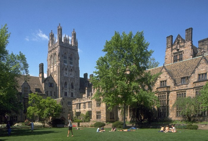 yale Top 10 Government & Private Medical Colleges in USA