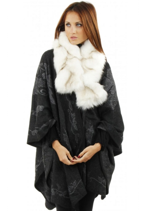 1385811165-57585500 Top 79 Stylish Winter Accessories in 2021