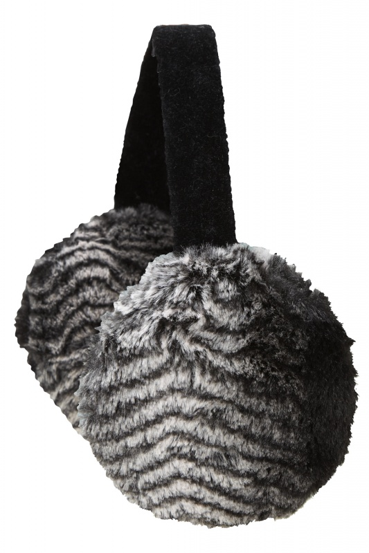 205670_07_xlarge Top 79 Stylish Winter Accessories in 2021