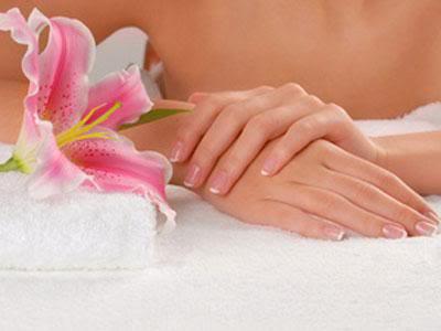 3-beautiful-hands 10 Ways To Get Beautiful Hands