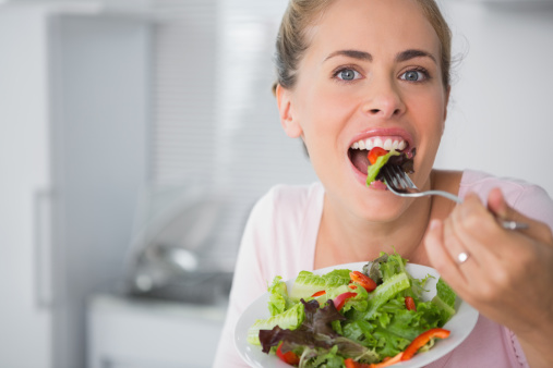 Avoiding-Overeating 5 Simple Ways To Stop Overeating On Holidays