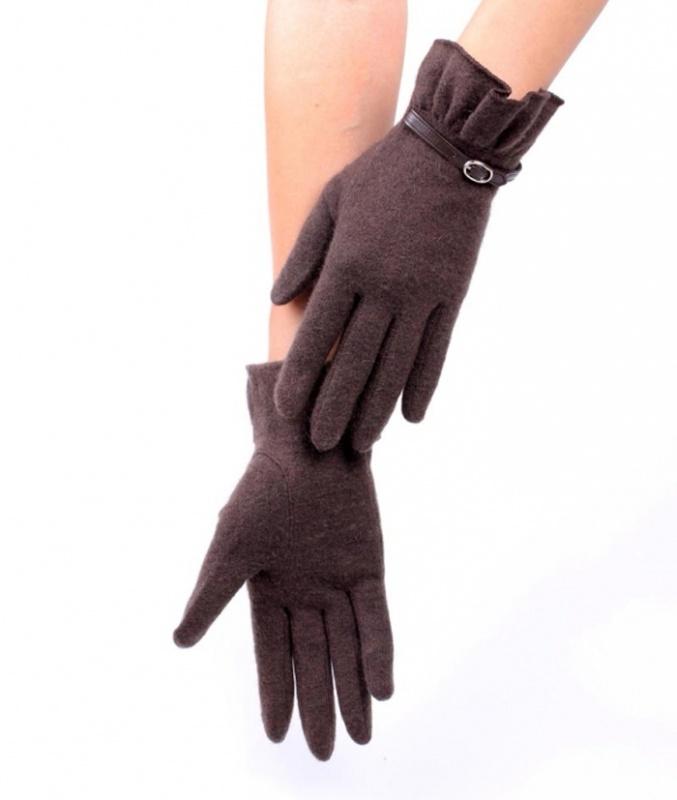 BestGlovesForWomenBrownWinterFallOneSizeFitsMostFeatherFurLeatherFingertipsOnSaleLS98820-2 Top 79 Stylish Winter Accessories in 2021