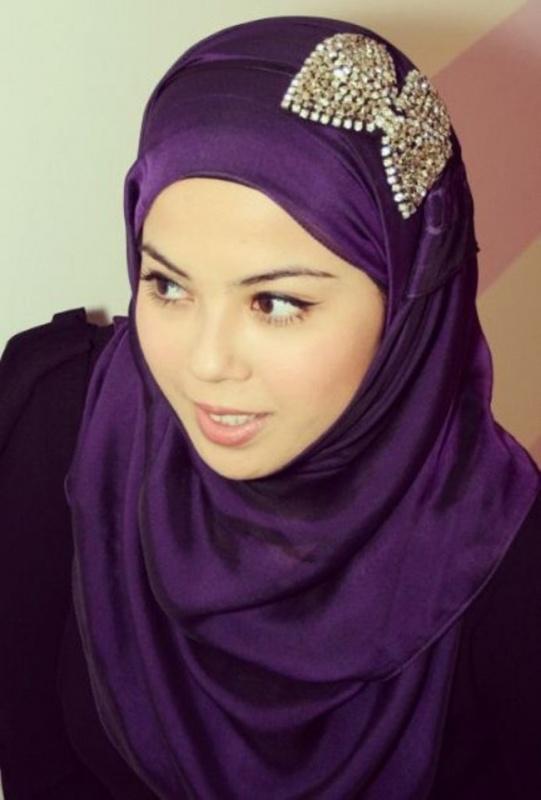Headband-Hijab-Pita Hair Jewelry: Learn What to Wear in Your Hair