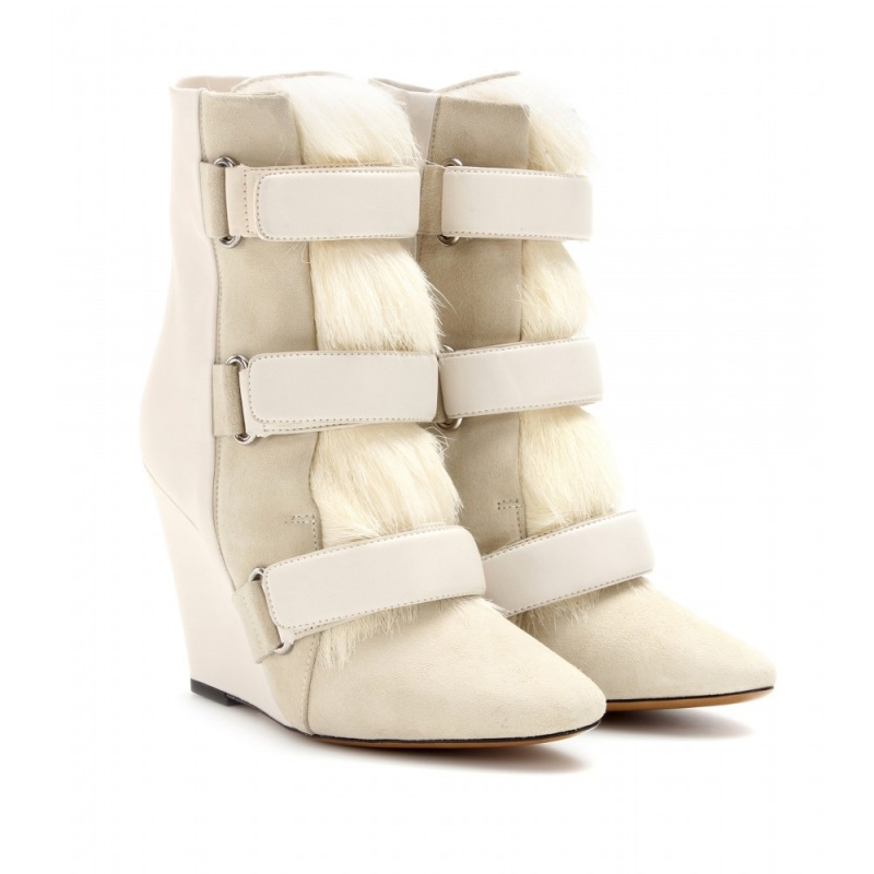 P00070097-Pierce-leather-and-fur-wedge-boots-STANDARD Top 79 Stylish Winter Accessories in 2018