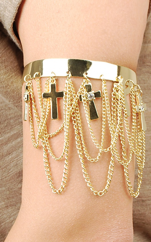 ab6175-gld01_3 49 Famous Forearm Jewelry Pieces